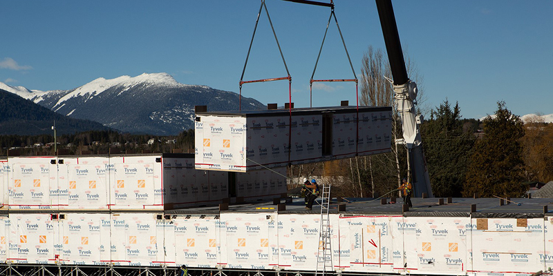 Module craning for Sonder House Supportive Housing Complex (Terrace, BC)